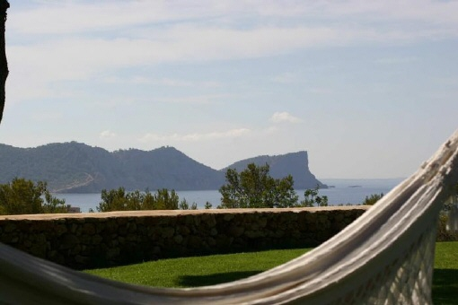 Blick-auf-das-Meer-Villa-Sa-Caleta