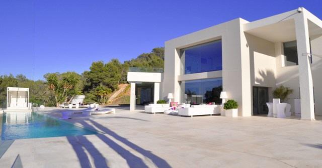 Moderne Villa mit schönem Blick