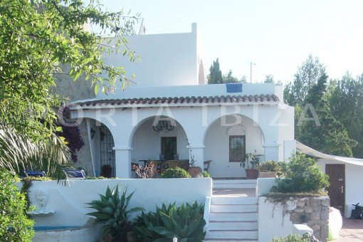terrace-cala moli-spacious villa-sea views