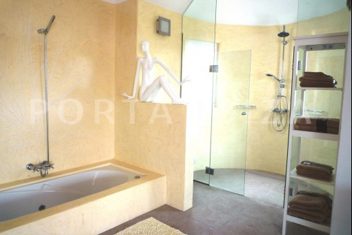 San-Carlos-bathroom1-villa