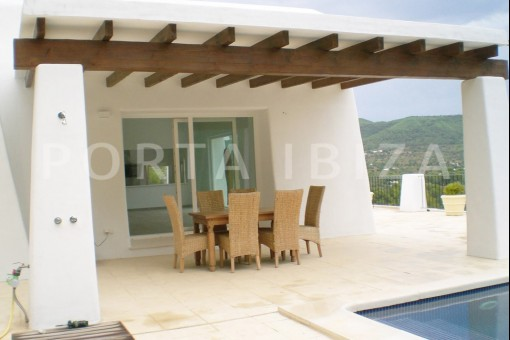 villa-pool-terrace-San-Carlos