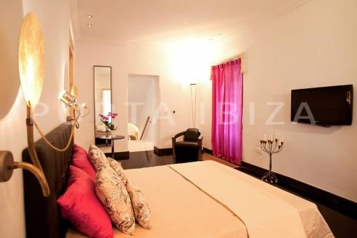 bedroom1-villa-Ibiza