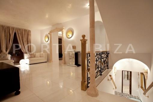 villa-Ibiza-interior-view