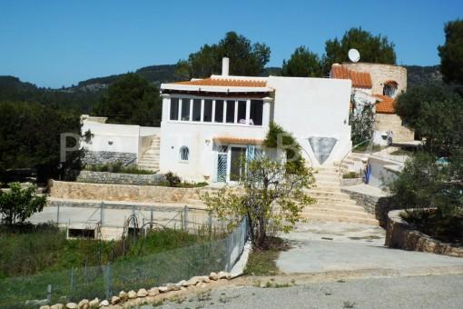 Cala-Vadella-nice villa