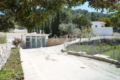 entrance-Cala-Vadella-villa