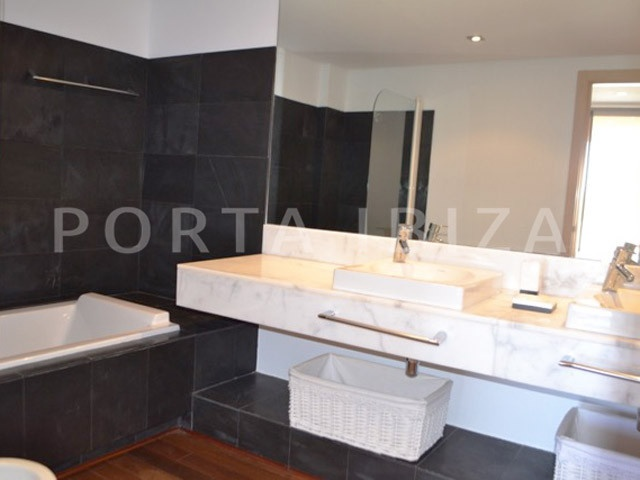 bathroom-duplex-carla carbo-ibiza