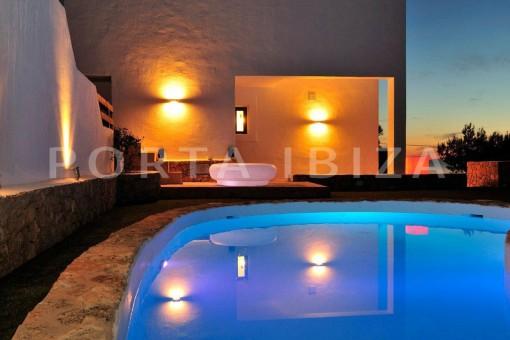 Cala-Moli-villa-pool