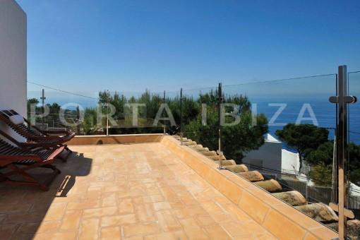 Cala-Moli-villa-terraces