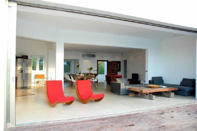 villa-cala-vadella-livingroom