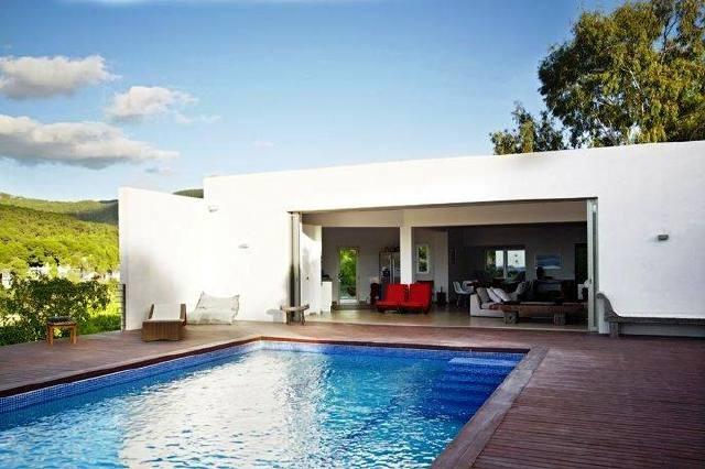 villa-Cala-Vadella-swimming-pool