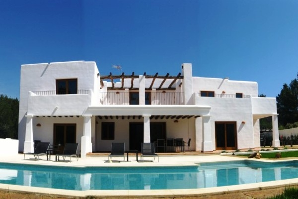 view-to-pool-and-house-villa-Santa-Eulalia