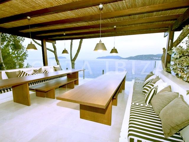dinner & chill-marvelous villa-ibiza-unique seaview