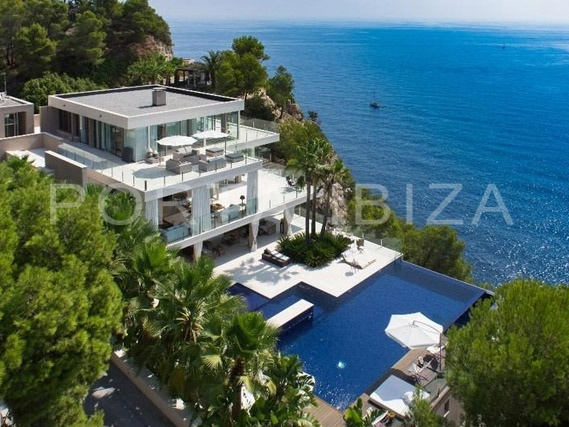marvelous villa-ibiza-pool with unique seaview