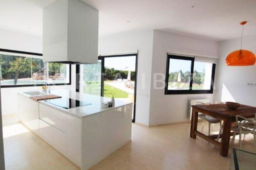 Kitchen-San-Juan-Garten-Pool-Villa