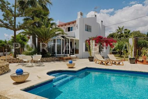 Gepflegtes Landhaus ruhig gelegen und unweit von Ibiza Stadt