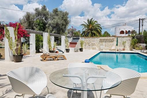 pool area-nice house-Ibiza