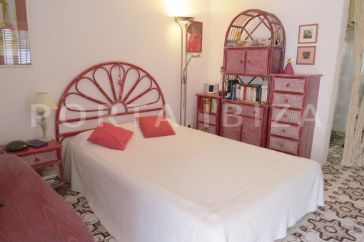 bedroom1-fabulous semi detached house-stunning sea views
