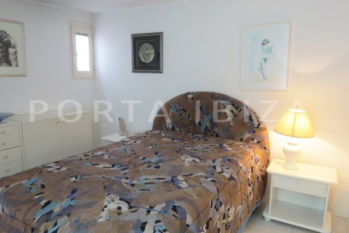 bedroom2-fabulous semi detached house with stunning sea views