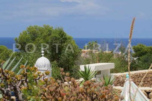 chill & sea view terrace-fabulous semi detached house with stunning sea views