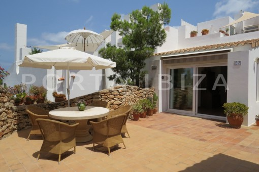 terraces-fabulous semi detached house with stunning sea views