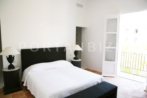 bedroom-market square-Ibiza