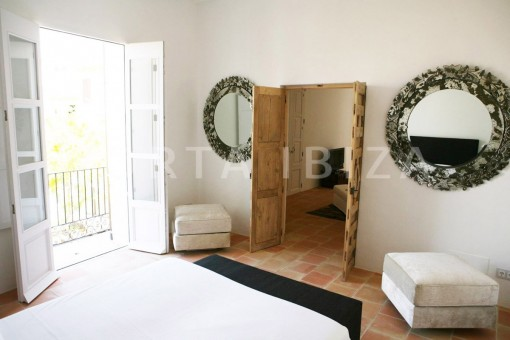 bedroom1-market square-Ibiza