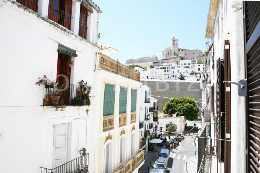 city apartment-market square-Ibiza