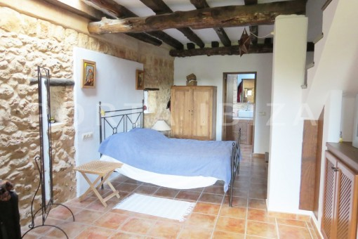 bed & bathroom-fantastic finca with sea views