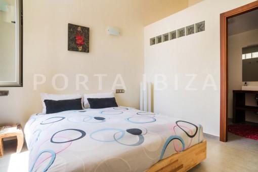 bedroom5-wonderful villa-seaview-roca llisa