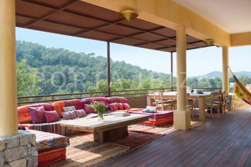terrace dinner-wonderful villa-seaview-roca llisa