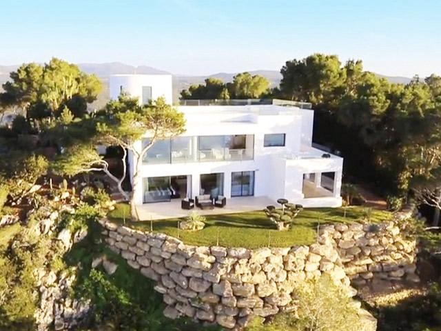 Einzigartige Villa bei Na Xamena mit...