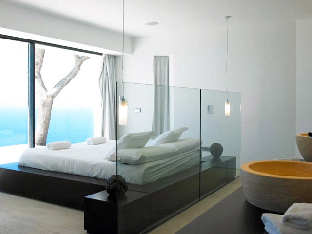 ibiza-na xamena-pool-fantastic seaviews-bedroom