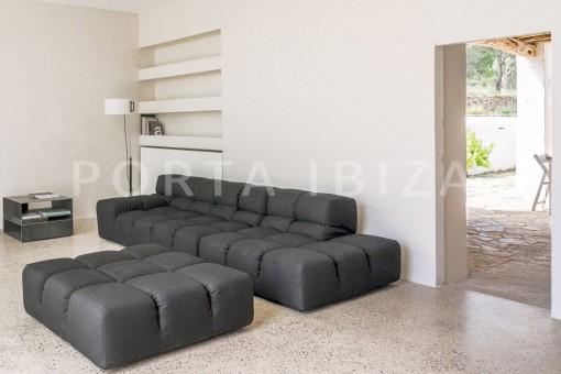 livingroom-magnificent finca-santa eularia