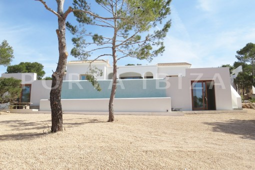 luxury property-fantastic sea views-sunset views