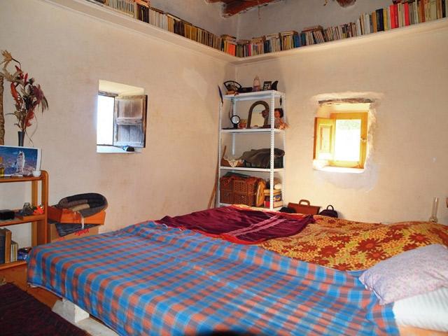 ibiza-san vincente-original finca-bedroom1