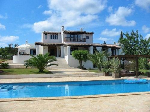 Wunderbare Villa zwischen St. Eulalia und San Carlos