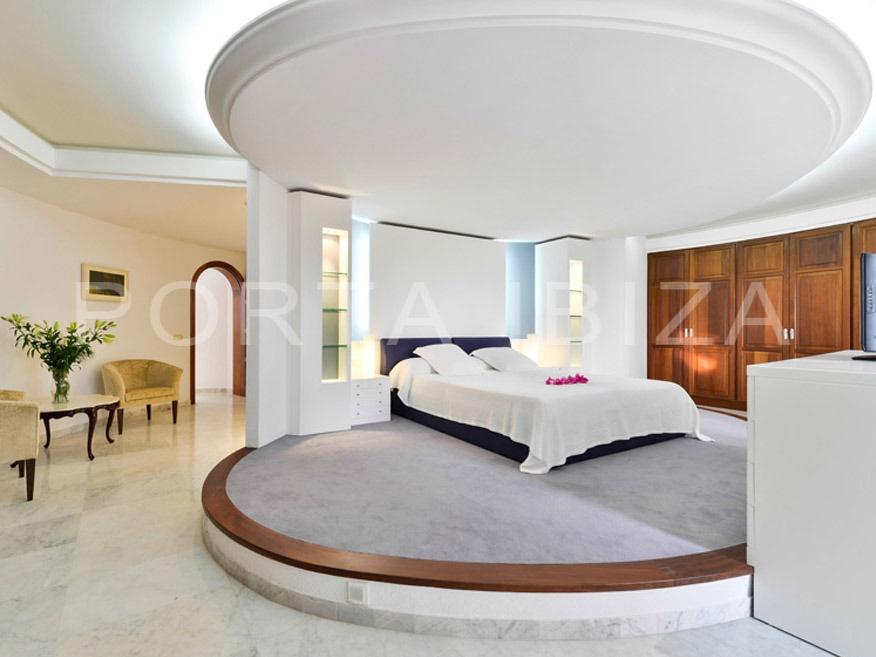 bedroom1-villa-roca llisa
