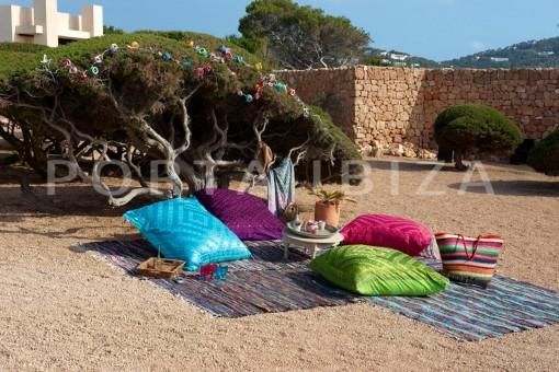 garden area-marvelous villa-calo d'en real-ibiza