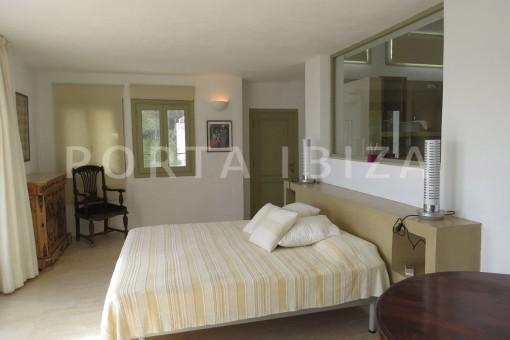 bedroom-marvelous villa-es cubells