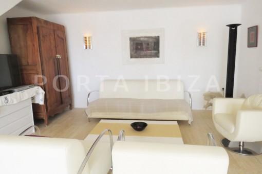 living-marvelous villa-es cubells
