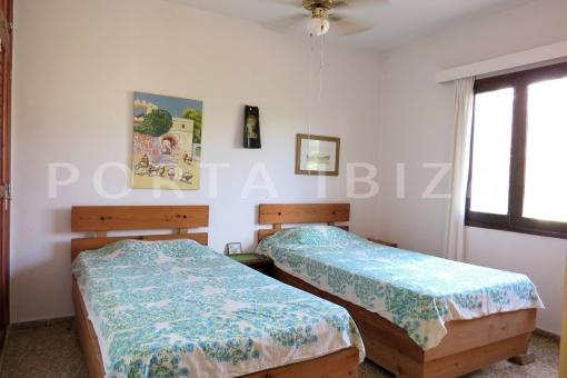 bedroom3-charming house-santa eularia