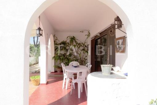 dinner outside-charming house-santa eularia