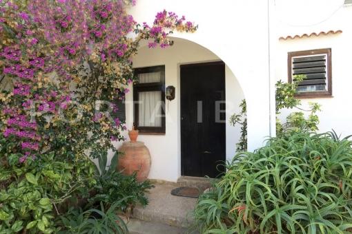 entrance-charming house-santa eularia