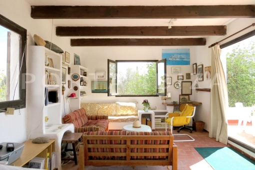 living room first floor-charming house-santa eularia