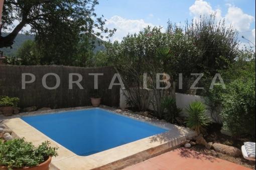 pool-charming house-santa eularia