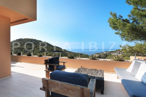 chillout main floor-apartment-cala carbo