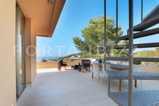 main terrace-apartment-cala carbó