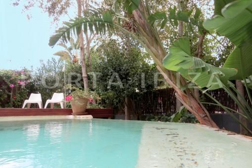 Wunderbare Wohnung mit Garten und eigenem Pool in Botafoch