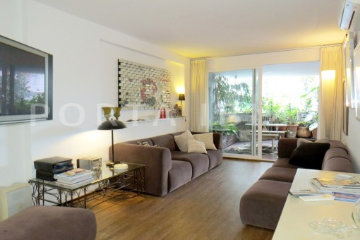 livingroom-wonderful apartment- Botafoch-Ibiza