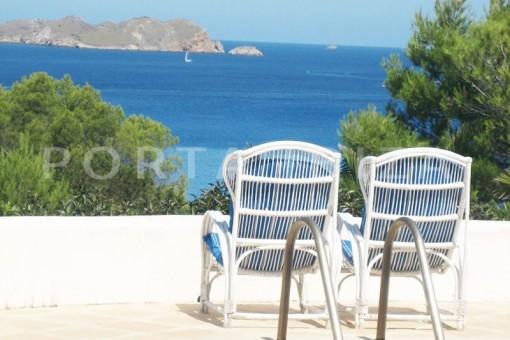 Villa in Cala Tarida zum Kauf